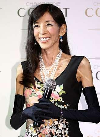 【訃報】川島なお美さん死去 昨年胆管がん手術 54歳若すぎる…