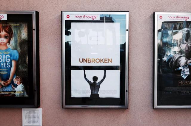 映画『アンブロークン』をアメリカで見た。 - Togetterまとめ