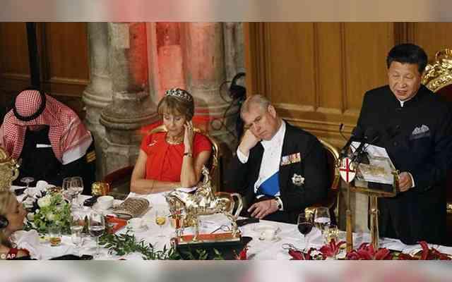 晩餐会で日本の残虐性を訴える中国主席 英国王子の「うんざり…」態度が話題  –  grape [グレープ]  – 心に響く動画メディア