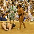 まるでコント?相撲で技や禁じ手を紹介する「しょっきり」がオモシロイ
