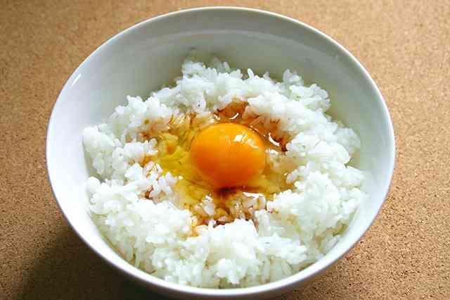 金欠時におすすめ! 卵かけごはんにちょい足しすると激ウマな食材・調味料 | グルメ | 大学生活 | マイナビ 学生の窓口