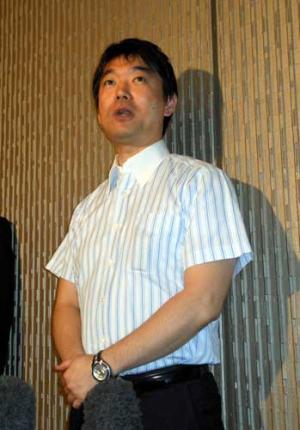 橋下市長 ホステスと不倫コスプレ : nikkansports.com