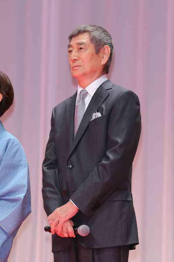 高倉健さん 40億円相続の養女に実妹激怒「形見分けもない!」