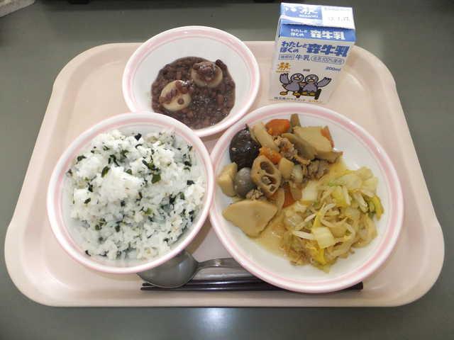 給食は時代を映す鏡!小・中学校時代のあるある給食エピソード