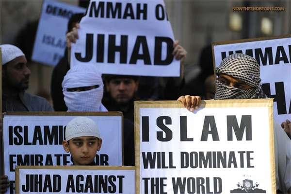 海外反応! I LOVE JAPAN  : 【ドイツ完全崩壊】イスラム国の旗を振り回す難民が急増! 海外の反応。