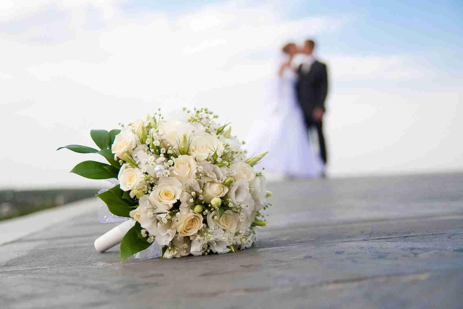 親の結婚、出産した年意識しますか?