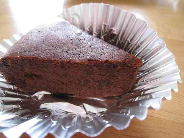 材料2つ簡単しっとりチョコケーキ炊飯器 by りゆゆとな [クックパッド] 簡単おいしいみんなのレシピが224万品