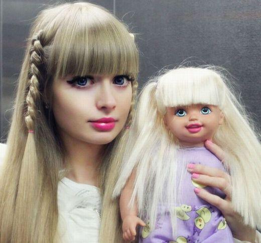お人形のような外国人が集まるトピ