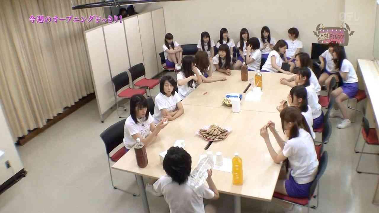 乃木坂46でイジメか 西野七瀬が一人ぼっちで居る所に駆け寄ろうとしたメンバーが連れ戻される動画が話題に