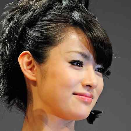 ドロンジョを超えた!?深田恭子、主演ドラマの神コスに「奇跡の33歳」と絶賛の嵐 | アサ芸プラス