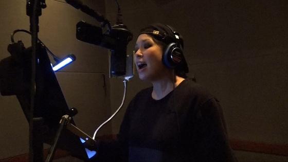AI、出産後初レコーディングは三太郎CM曲 - 公式映像 - Yahoo!映像トピックス