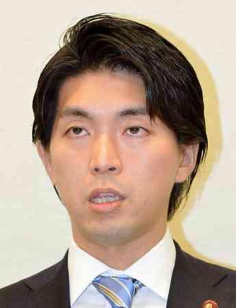 宮崎謙介議員、不倫相手に自撮りも要求「好きな人の写メ大事 かわい~」