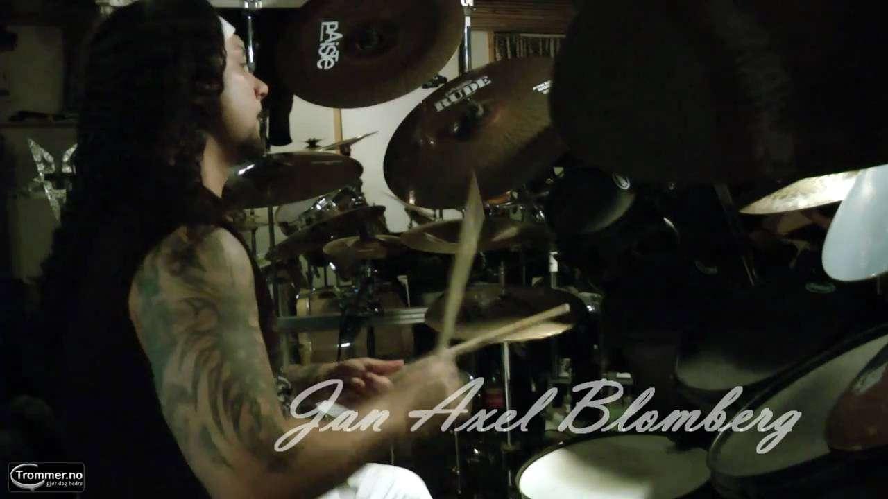 Hellhammer på prøver med Mayhem des 2010 - YouTube
