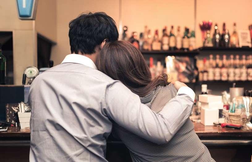 大学進学率より高い!? 不倫経験がある女性の割合と既婚者に惹かれるワケ | 恋愛jp