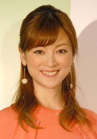 吉澤ひとみ、第1子妊娠を発表 今夏出産予定「幸せな気持ちでいっぱい」