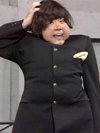"""はんにゃの川島章良の""""ぽっこりお腹""""に驚愕「やばくない!?」"""
