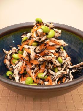 ☆いろ鶏どり☆ひじきのサラダ by チューイ [クックパッド] 簡単おいしいみんなのレシピが231万品