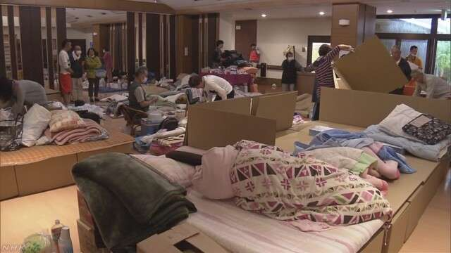 テニスの錦織圭選手 熊本地震の避難所に寝具1000枚寄付