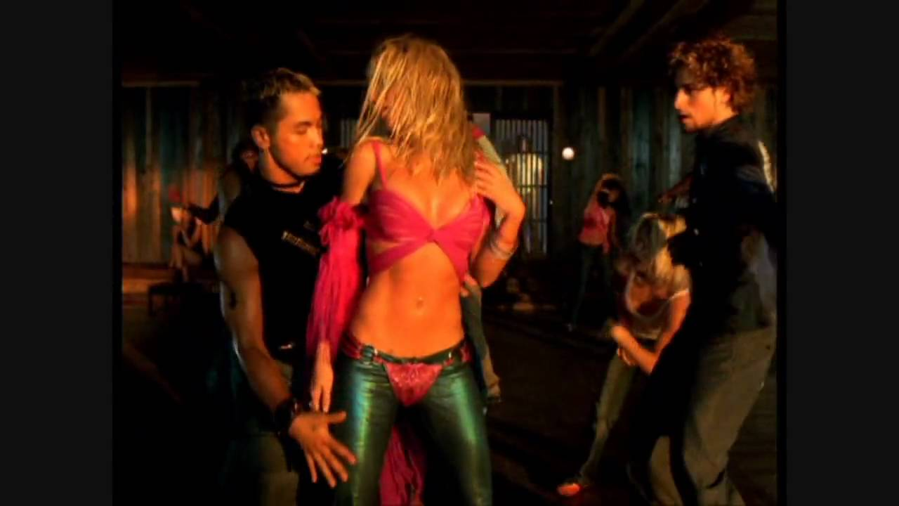 Britney Spears - I'm A Slave 4 U - (Dance Uncut Version 720p HD) - YouTube