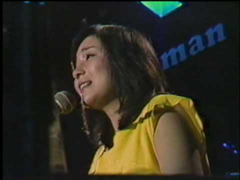 太田裕美・君と歩いた青春 - YouTube