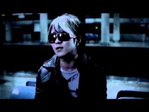 AAA / チューインガム - YouTube