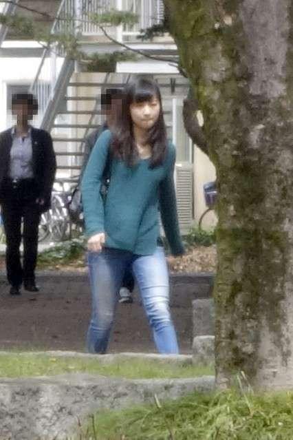 大学2年生となった秋篠宮佳子さま 新学期ご登校時のファッション - ライブドアニュース