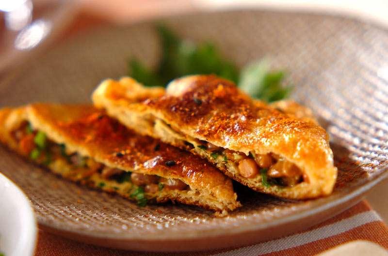 納豆の袋包み焼き【E・レシピ】料理のプロが作る簡単レシピ/2009.03.09公開のレシピです。