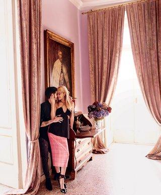 ジジ・ハディッド&元1Dゼイン・マリク「VOGUE」で熱烈キスショット披露 甘いバカンスを満喫