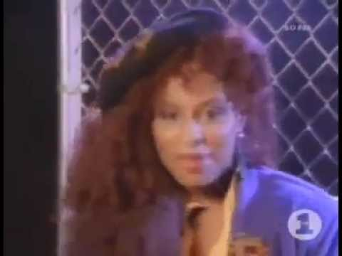 Chaka Khan - I Feel For You [Official Video] - YouTube