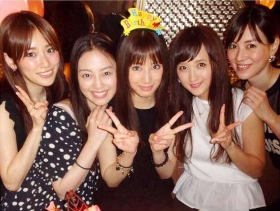 """北川景子の誕生日に""""セーラー戦士""""が集結。「もうこの5人に言葉はいりません」"""