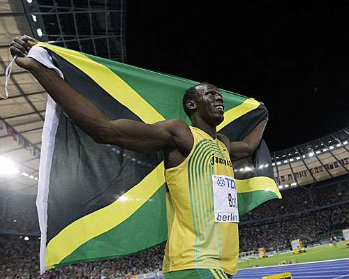 国旗と選手の画像を貼るトピ