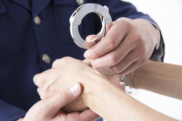 「15歳女子と付き合ったら犯罪?」と自ら問い合わせ、発覚 中3女子の裸撮影容疑の45歳男逮捕