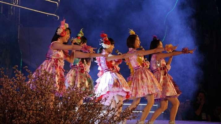 ももいろクローバーZのベトナム公演が色々とすごいことになってるw