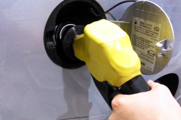 軽自動車だから軽油!? なんと1ヶ月に269件!! 燃料給油間違い救援依頼多発をJAFが発表!! - Autoblog 日本版