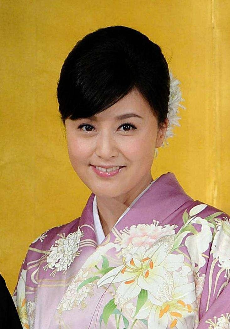 紀香、「梨園の妻」ノート作り修業開始 早くも歌舞伎界関係者から多くの助言 (デイリースポーツ)のコメント一覧 - Yahoo!ニュース