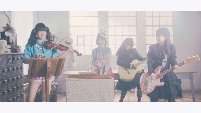 【MV】アインシュタインよりディアナ・アグロン [なこみく & めるみお] (Short ver.) / HKT48[公式] - YouTube