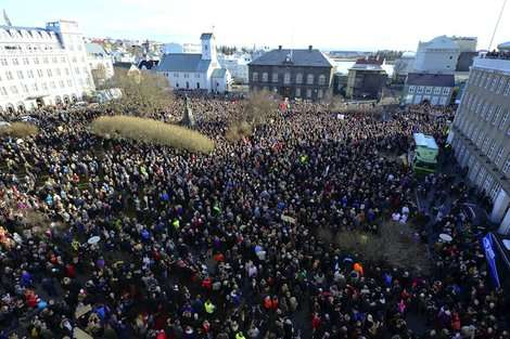 パナマ文書に激怒するアイスランド国民の希望? アイスランド海賊党とは | ワールド | 最新記事 | ニューズウィーク日本版 オフィシャルサイト