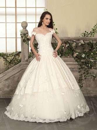 こんなウェディングドレスが着たい!