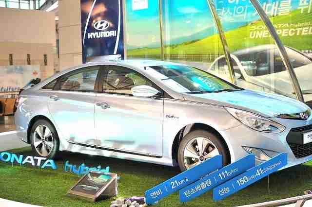 またもパクリ疑惑!? 韓国・現代自動車「プリウスもどき次世代車」の噴飯 - エキサイトニュース