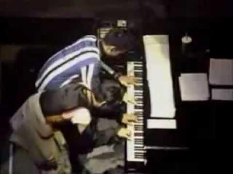 Ryuichi Sakamoto & Satoshi Tomiie - Tong Poo - YouTube
