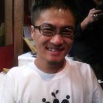 そうそう、今回のLIVEから「COWPERKING」のオフィシャルグッズができたんです。「COWPER Tシャツ」、カッコ... on Twitpic