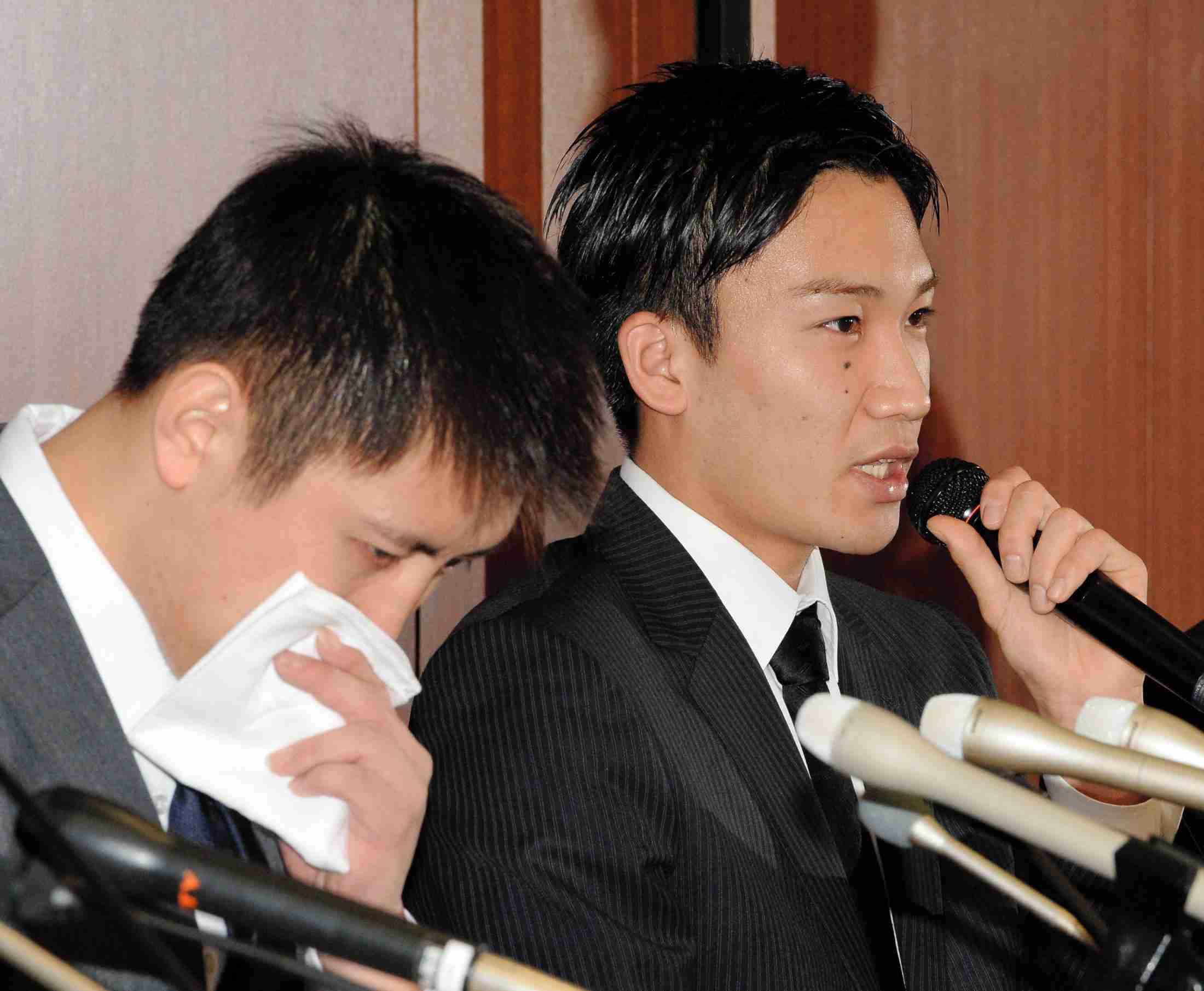 田児、桃田 反省の黒髪で謝罪 7日に自ら染め直す (デイリースポーツ) - Yahoo!ニュース