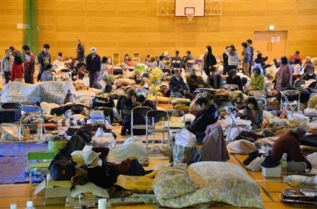 熊本地震 長引く避難所生活、エコノミークラス症候群や感染症に注意 (産経新聞) - Yahoo!ニュース