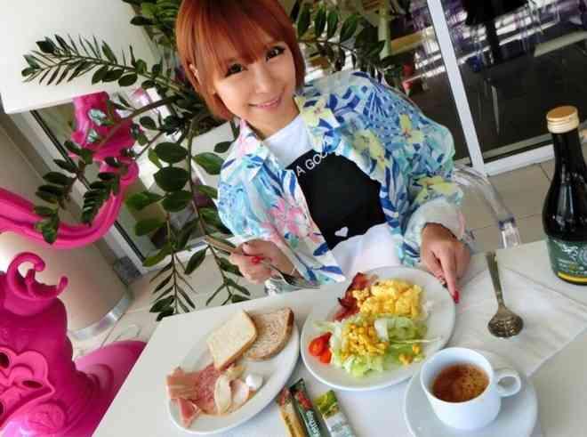 浜田ブリトニー 公式ブログ - そのサラダはダイエット向きですか? - Powered by LINE