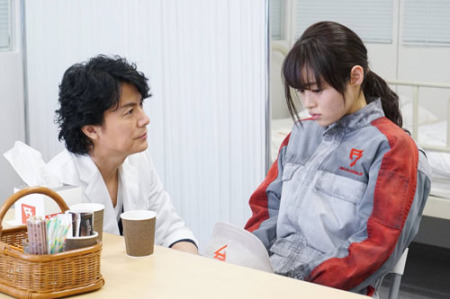 福山も苦戦スタート 月9「ラヴソング」初回視聴率は10・6% (スポニチアネックス) - Yahoo!ニュース