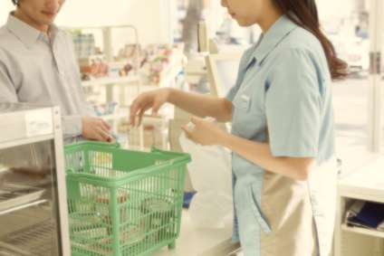 ランチは88円のパン。親を養う20代女性のツラすぎる日々