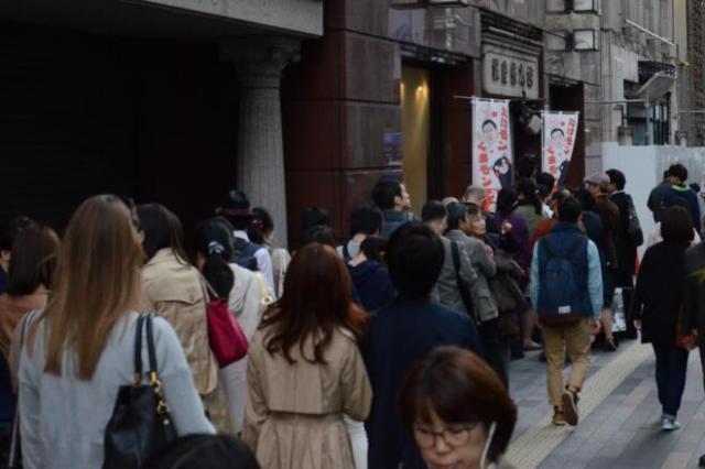 銀座の熊本アンテナショップになが~い列! 「買って応援」広がる 「みんなできること探してるんだな…」 (withnews) - Yahoo!ニュース
