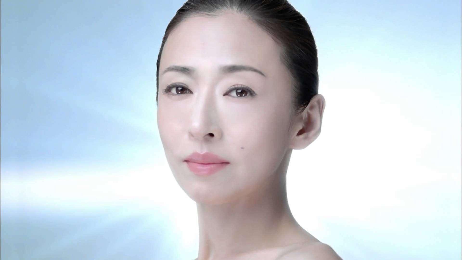 カネボウ DEW ボーテ「至福のとろみ」松雪泰子 - YouTube