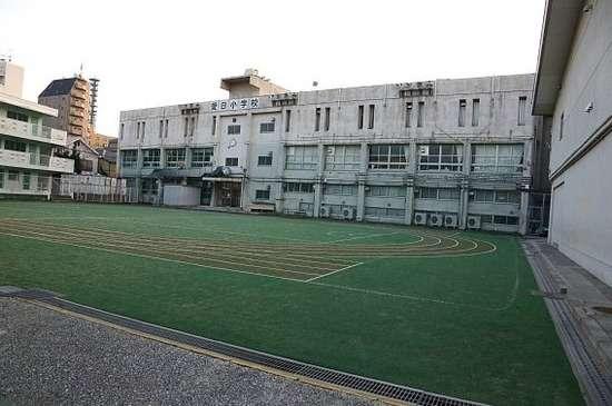 ソウルの日本人学校は韓国の巨大なゴミ集積所に移転させられていた!!! 韓国政府国民からゴミ同然の扱いを受けている在韓日本人の子ども達の悲惨な現状をご覧ください・・・:あじあにゅーすちゃんねる-政経芸能・中韓・海外ニュース-