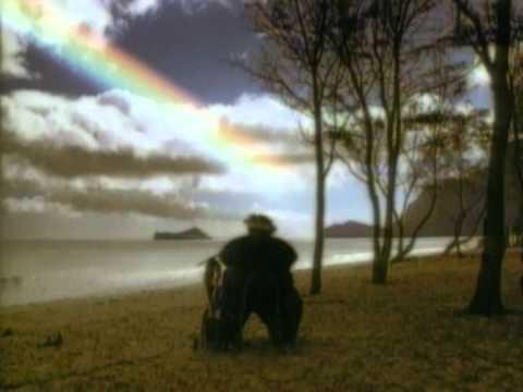 IZ - Over the rainbow - YouTube